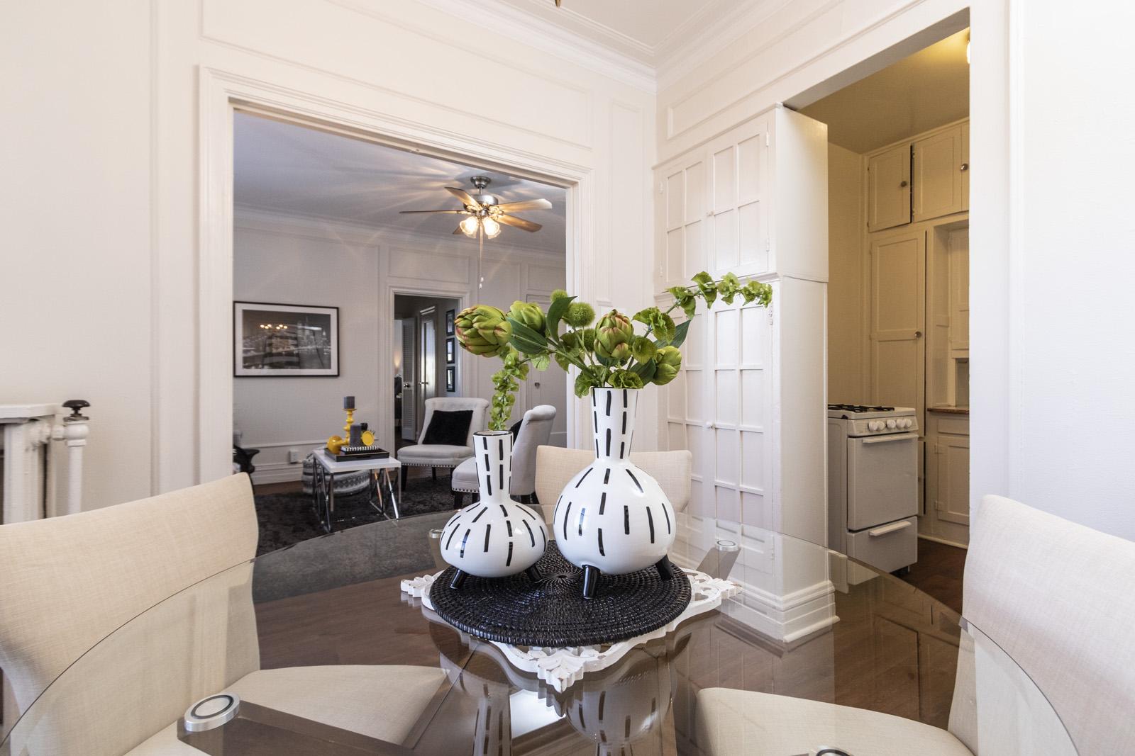 Hawthorne-Dining room-Livingroom